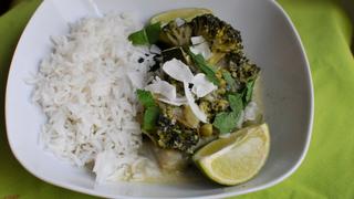 Csupa zöld alapanyaggal készül ez a tavaszi, kókusztejes curry