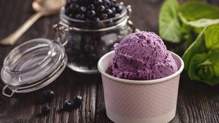Krémes frozen yogurt házilag: friss nyári gyümölcsökből