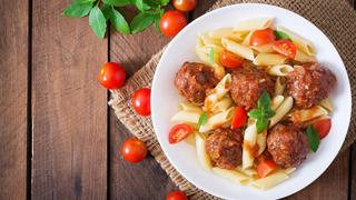 A penne tészta húsgolyóval a legjobb csapatépítő - amerikai-olasz meló