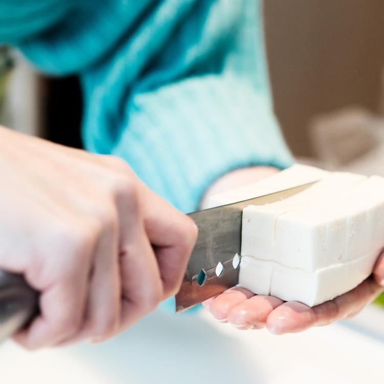 Mennyire egészséges a sok tofu? Kutatási eredmények összegzése