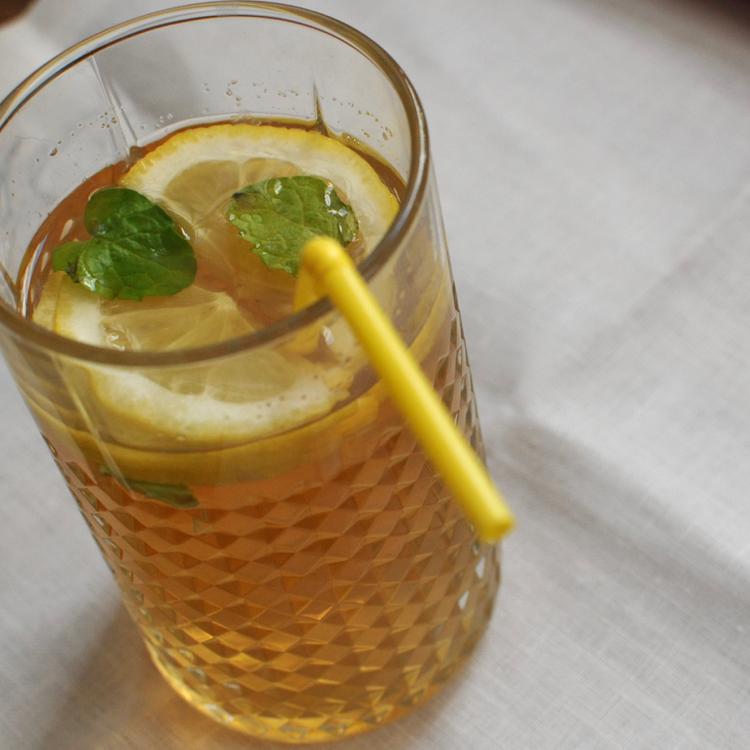 Hogyan lesz a legfinomabb a jeges tea? Megmutatjuk a trükköket