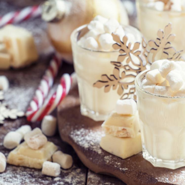 Krémes, fehér forró csokoládé: talán finomabb, mint étcsokiból