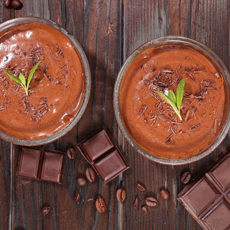 Pillekönnyű, habos kávés-csokis mousse két lépésben: zsírszegény, cukormentes verzió