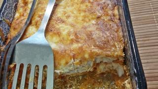 Abbahagyhatatlan sajtos-tejfölös csirke - Ez tényleg az étel neve, és nem véletlenül