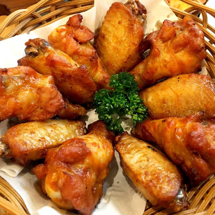 A kreol konyha csodája: Fűszeres csirkeszárnyak New Orleans-módra