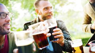 Honnan tudod, hogy túl sokat iszol? Négy jel, amire figyelni kell