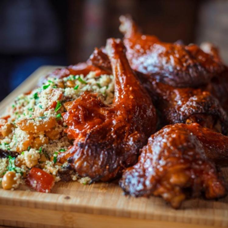 Fűszeres töltött csirkecombok: a séf trükkjével garantáltan tökéletes lesz!