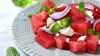 Lédús görögdinnye feta sajttal: a sós és az édes ízharmóniája