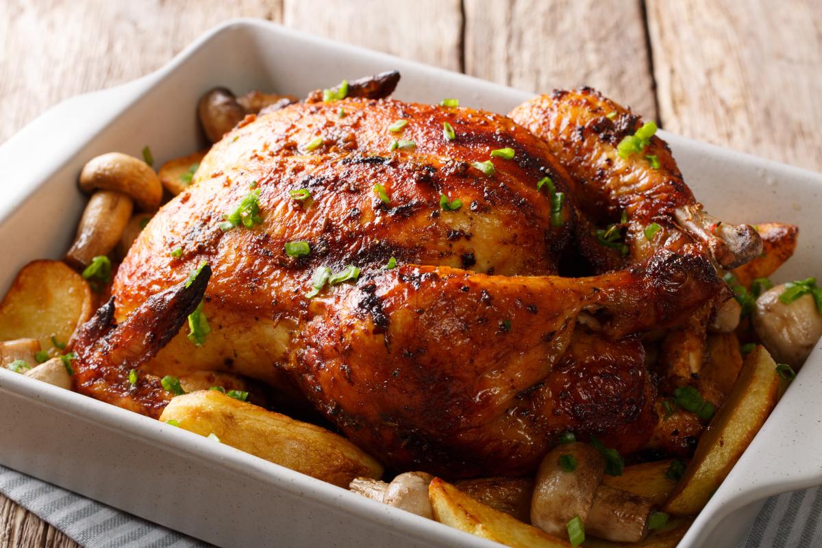 Grillcsirke házilag: ropogós, fűszeres a bőre, omlós, puha a húsa