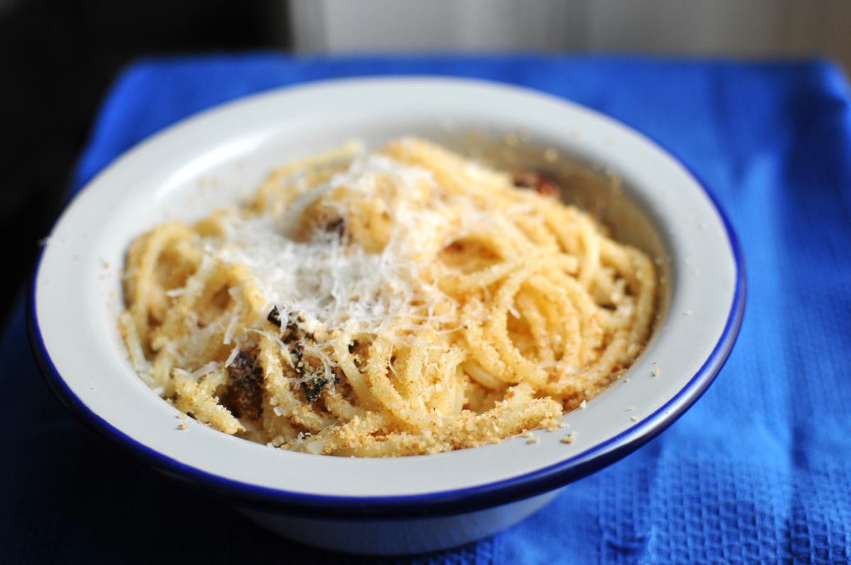 spagetti_zsemlemorzsa_val.jpg