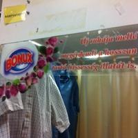 Egy mosószer kalandjai a használt ruhákkal