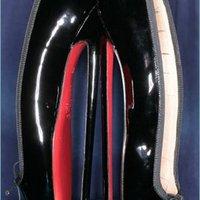 Horror lábbeli 2. Christian Louboutin fétiscipő