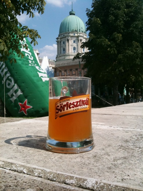 Újra Budavári Sörfeszt - Fesztiválsörrel