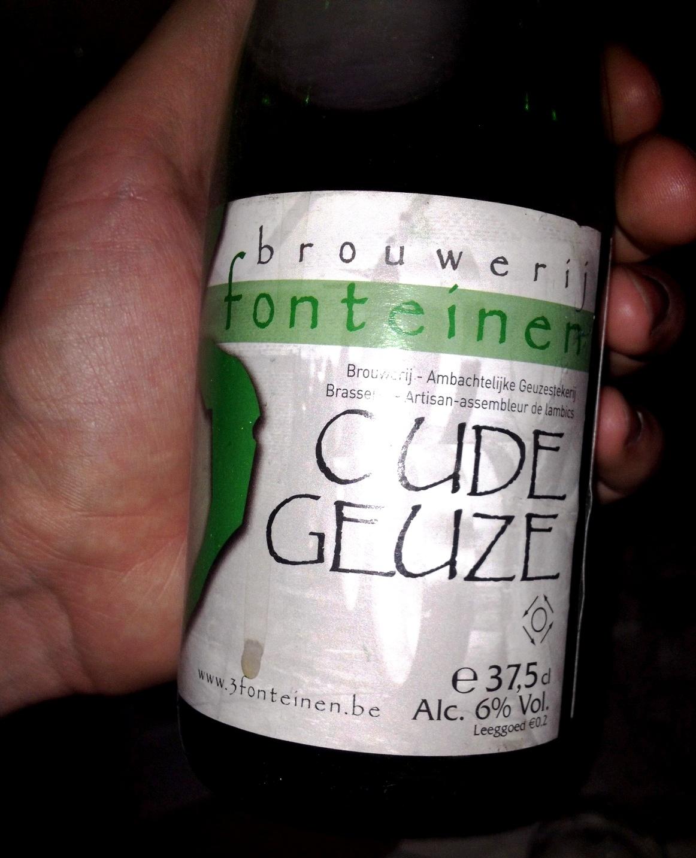 Randevú sör palackok