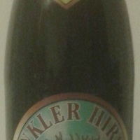 Dunkler Hirsch