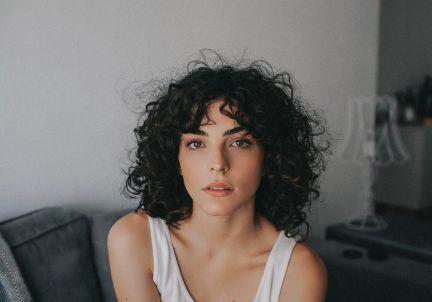 curly-shag-haircut.jpg