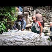 Árvíz 2013 Összefogás - Videó