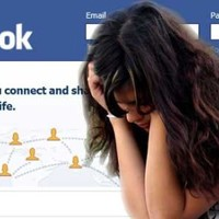 Magányos vagy és nyugtalan? Mennyit facebookoztál?