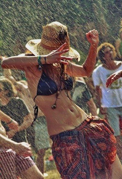 tánc az esőben.jpg