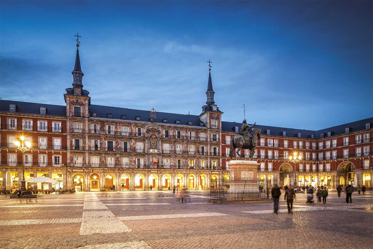 plaza-mayor-madrid_1.jpg