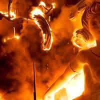 Fallas, amikor kötelező a tűzzel játszani