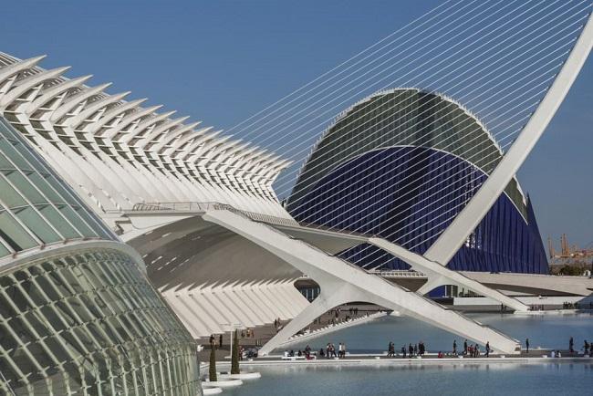 ciudad_de_la_artes_valencia.jpg