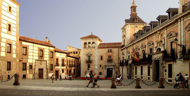 plaza_de_la_villa.jpg