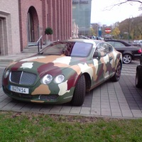 Bentley Continental GT (camouflage)