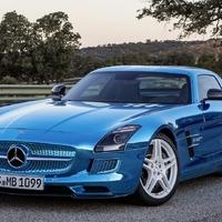 Mercedes-Benz SLS AMG Electric Drive (Platin blue chrom)