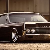 Lincoln Continental Coupe Low Rider