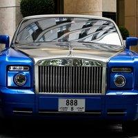 Rolls-Royce Phantom Drophead Coupe (Metropolitan blue / Silver)