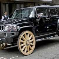 Hummer H3 Wooden Wagon Wheels