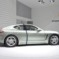 Porsche Panamera S Hybrid Vario-long