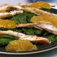 Csirkés spenótsaláta mandarinnal