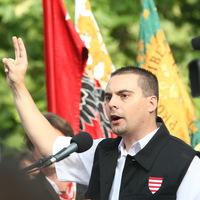 Mi ez a picsogás a Jobbikban?