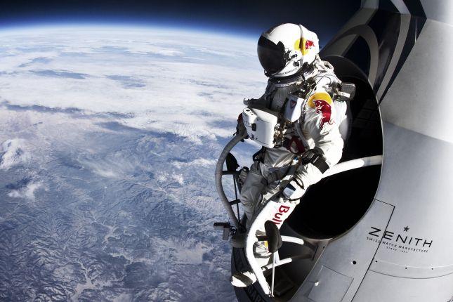 20121014-red-bull-stratos-felix-baumgartner3.jpg