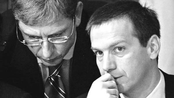 Gyurcsány Ferenc közbelép Bajnai Gordon őszinte sajnálatára.png