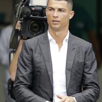 Ronaldo?! Ide ne jöjjön!