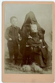 hiddenmothers.jpg