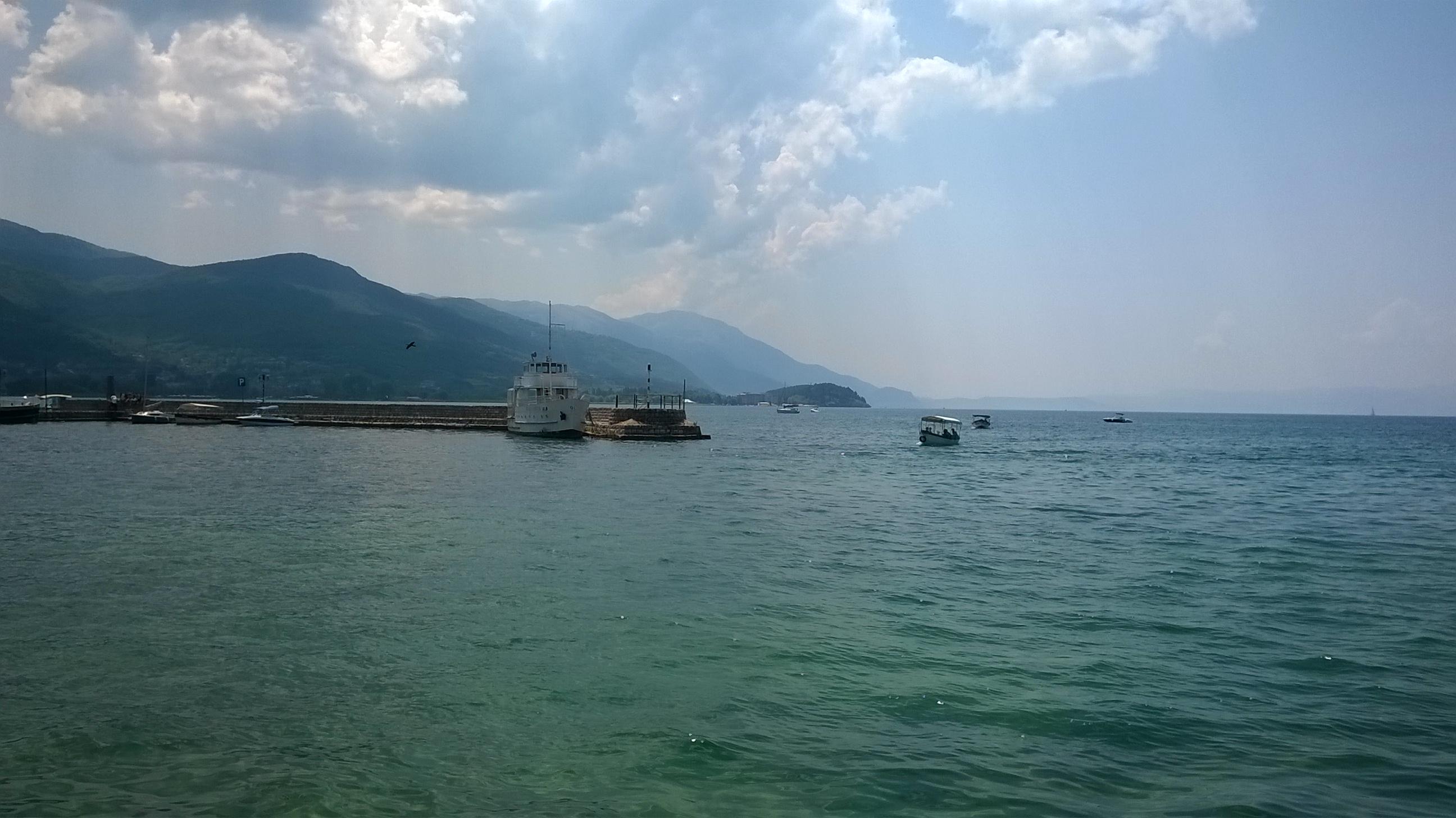 Az Ohridi-tó a maga kristálytiszta vizével.