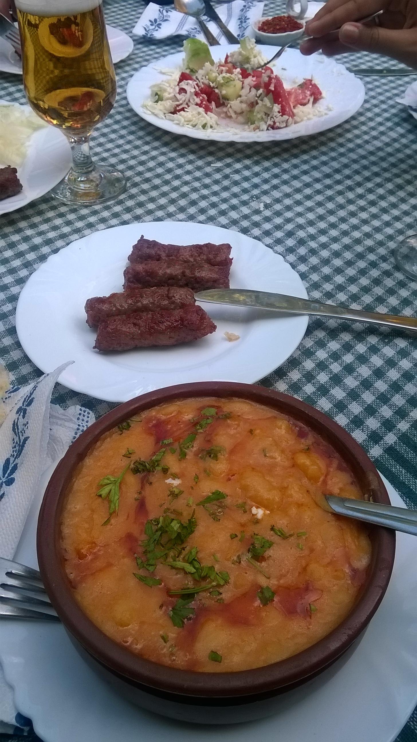 Tavcse gravcse, kebab és sopszka