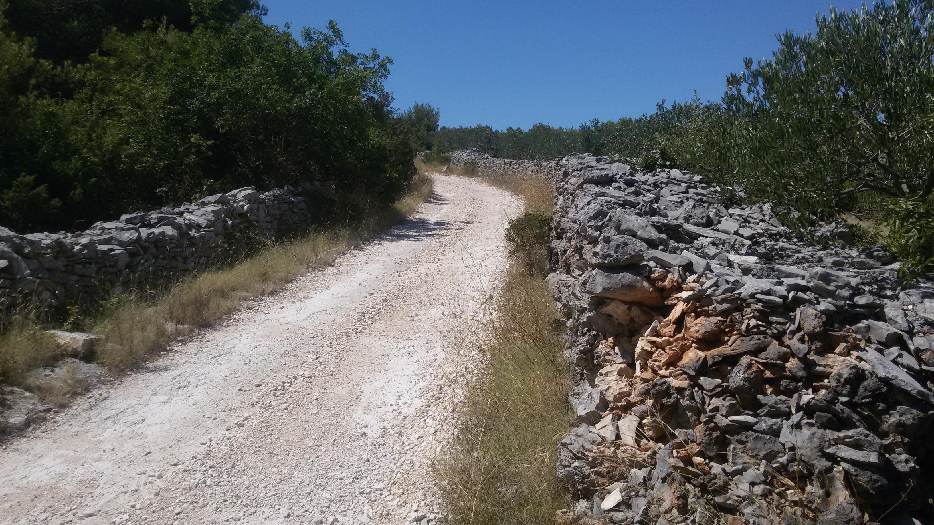 Ez az út, amiről beszéltem :) bár kitaposott, de nem zsúfolt
