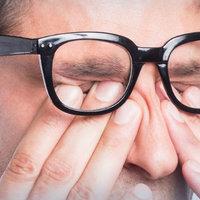 A hagymapucolásnál jobb tippek szemszárazság ellen