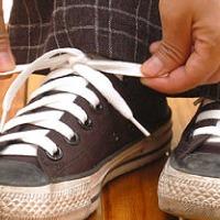 Fűzőteszt! Fogadjunk, hogy TE is rosszul kötöd a cipődet!