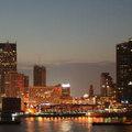 Miért nem életed befektetése az otthonod? Tanulj Detroit pusztulásából +megdöbbentő fotók
