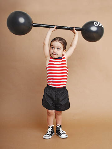 easy-halloween-costumes-circus-strongman.jpg