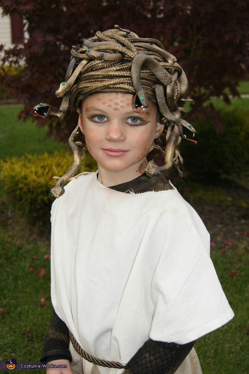 world-book-day-costume-ideas-for-kids-medusa.jpg