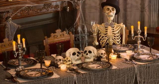 halloweeni_asztal_dekoracio_vendeglatas.jpg