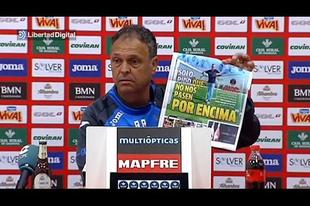 Botrányt csinált a sajtótájékoztatón a Granada edzője