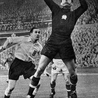 Magyar labdarúgás - A kezdetektől újra a kezdetekig